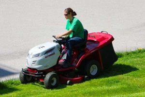 riding lawn mower maintenance | Greg's Small Engine Repair